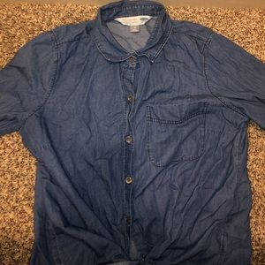 Trendy jean blouse from Old Navy